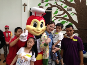 Jollibee gamely posing with us after the games