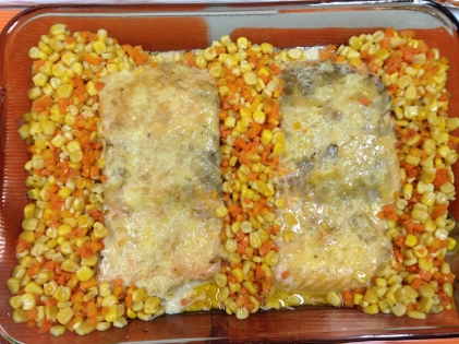 Baked Fish with corn and carrots