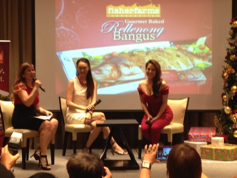 Our very eloquent DJ Joey interviewing our gorgeous guests Ms. Regine Tolentino and Ms. Marina Benipayo about their eating habits and their secrets to maintaining a healthy lifestyle. Their secret: Healthy eating and fish! :)