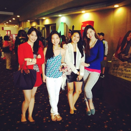 Our OOTD's while malling with our movie sponsor Ate Mickie!