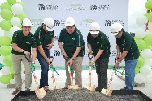 Phinma Properties Executives during the Top Off Event of Hacienda Balai held last Wednesday