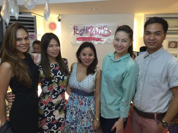 Me and my friends (From L-R)  Sam (Bb. Pilipinas 2015 candidate), Ms. Cat Ilagan (Owner of Posh Nails), Ms. Marice (Owner of Love and Light Productions), Me and Ronli (My soon to be lawyer friend)