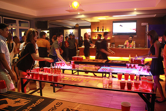 Beerpong all night long