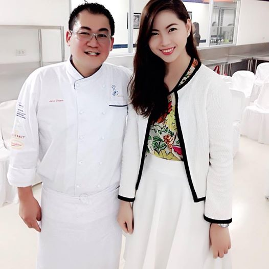 Me on the Right with Award Winning Chef Jess (I am such a fan girl!)