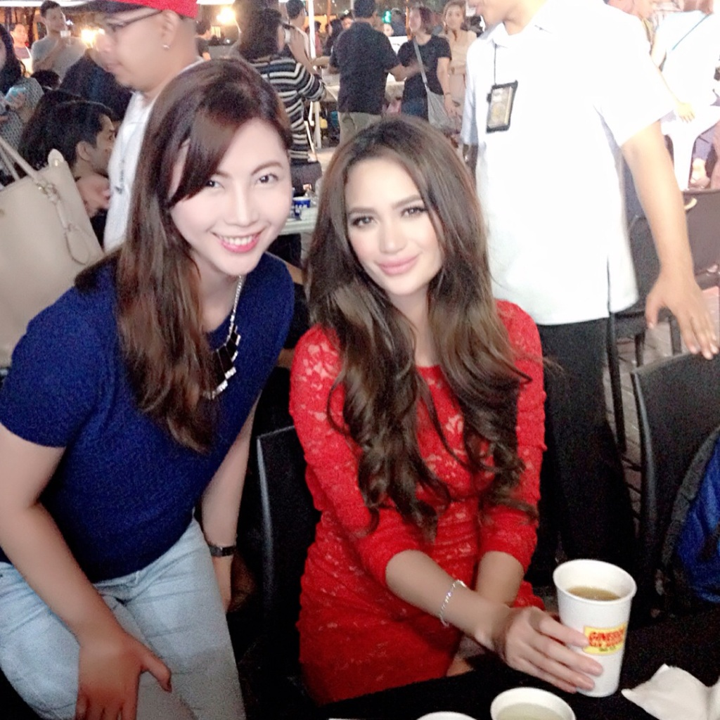 Me and Arci again before she signed my calendar :)
